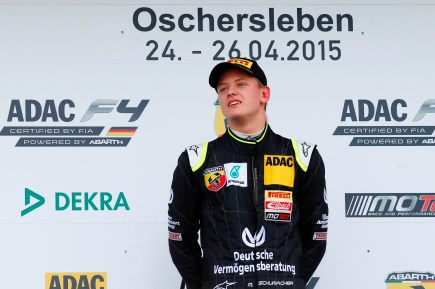 Mick Schumacher precisou do grid invertido para vencer em Oschersleben
